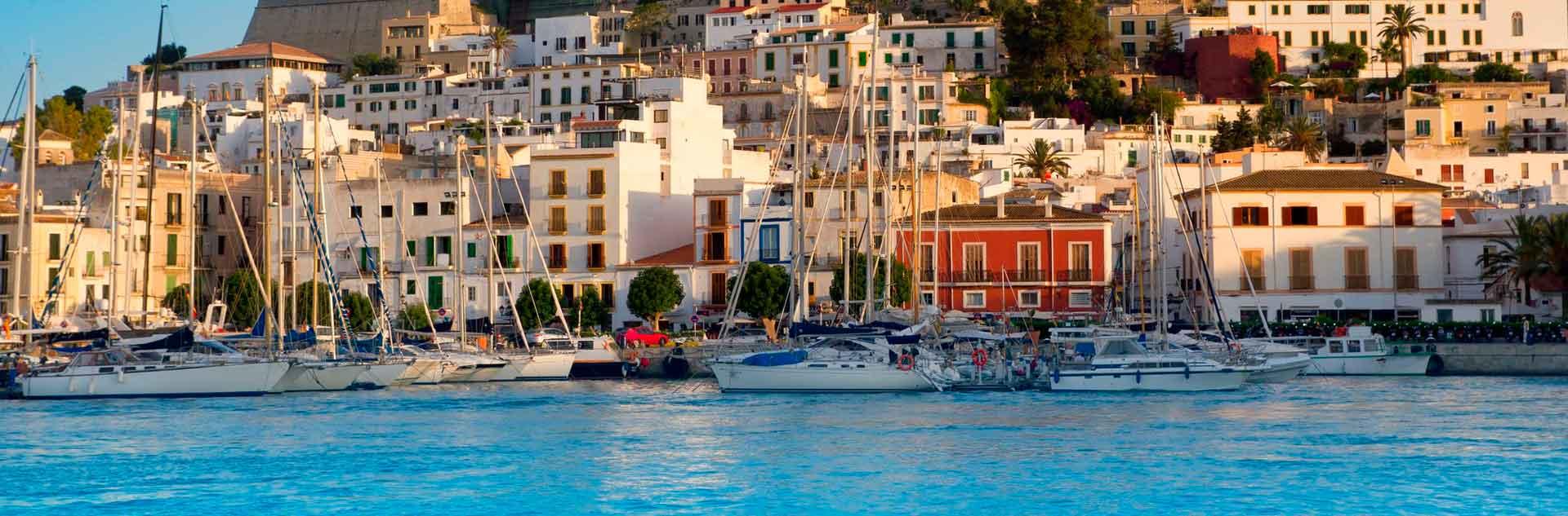 Escapada vuelo y hotel a Ibiza