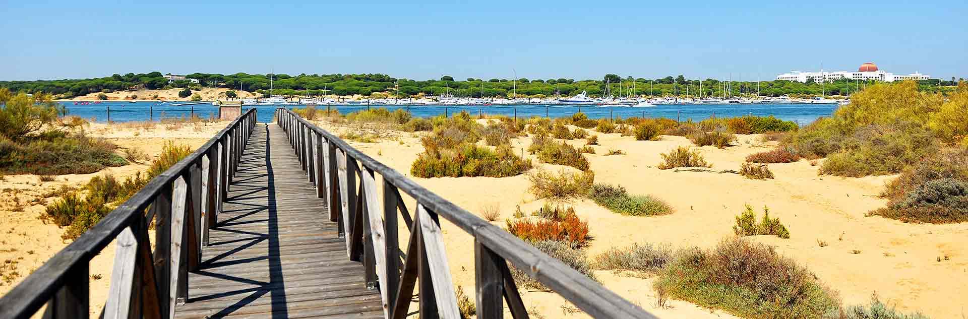 Vistas del Parque Natural Marismas del Río Piedras y Flecha del Rompido en Huelva