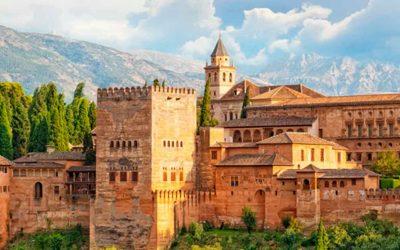 Escapada romántica con spa ❤️ Hotel 4* en Granada
