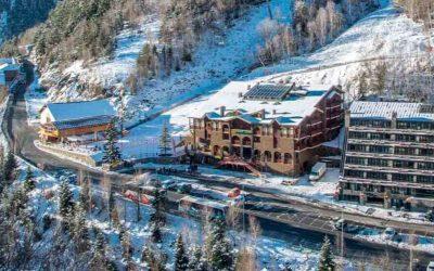 Desconecta en Andorra ⚡ + entradas al Espacio Termolúdico de Caldea