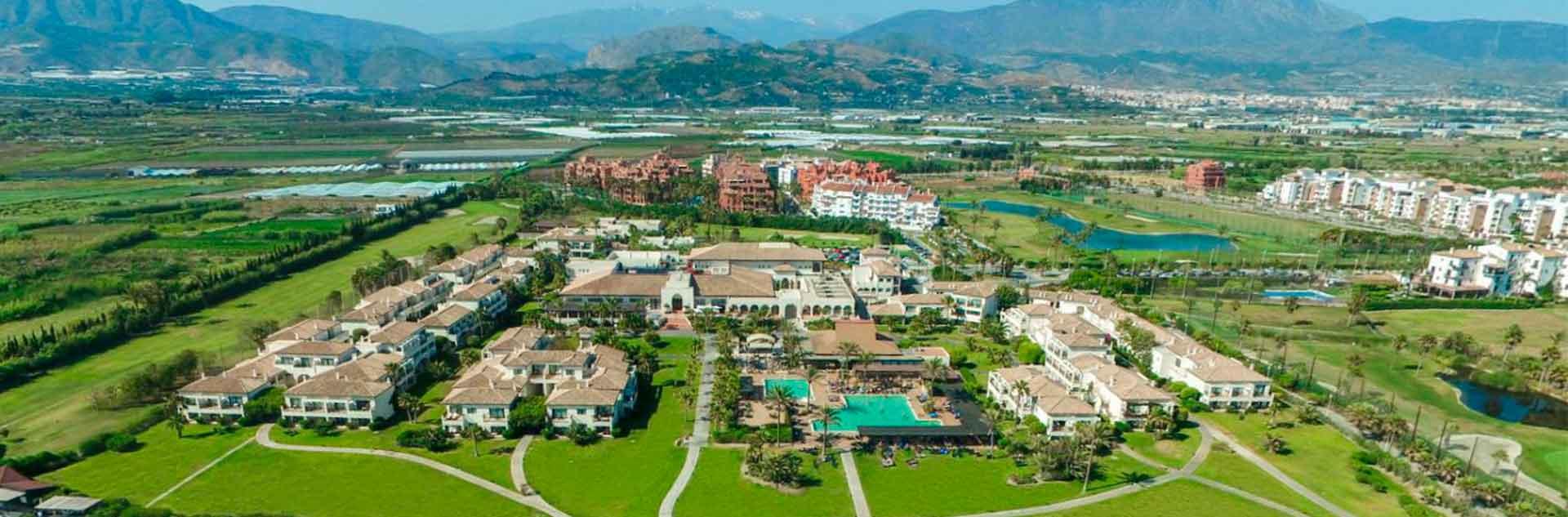 Vista aérea del recinto del Hotel Playa Granada Club