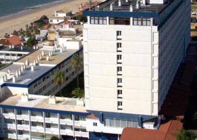 Exterior del hotel Flamero 3* de Matalascañas, Huelva