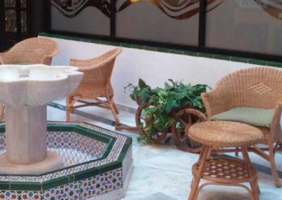 Interior del hotel Playamaro