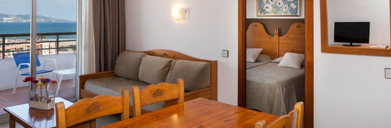 Oferta en apartamento exterior con terraza