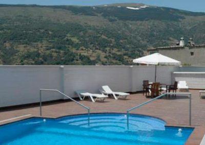 piscina-hotel-alpujarra