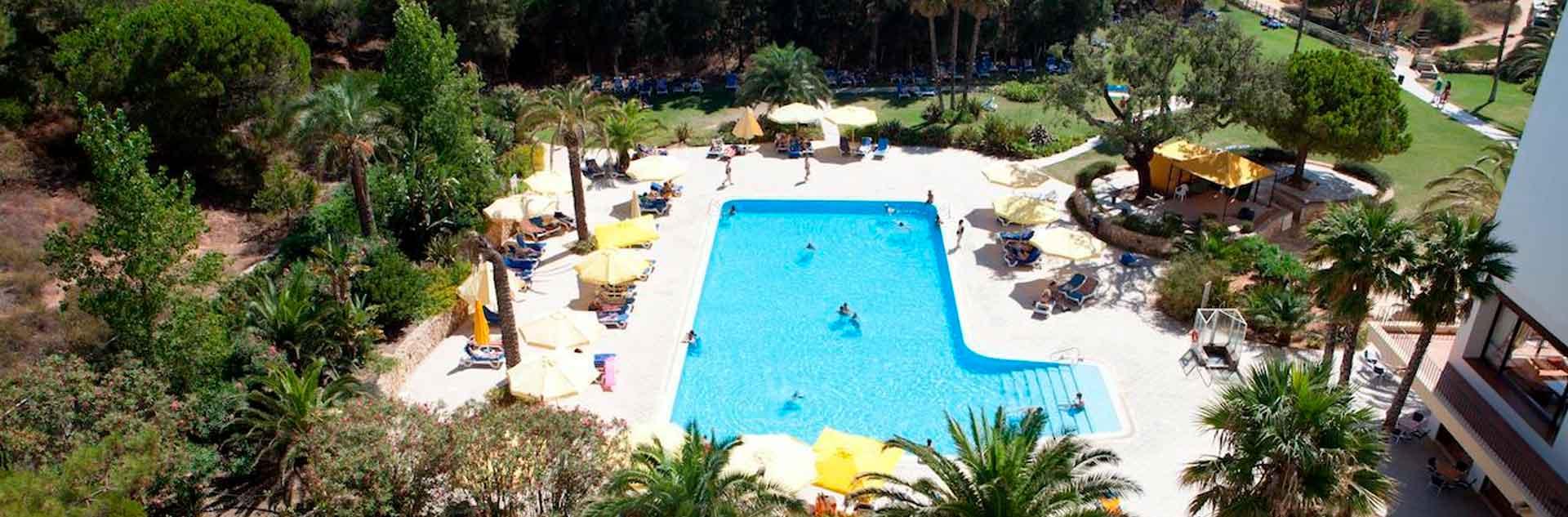 piscina-hotel-alfamar-albufeira