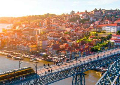 Hotel + Vuelo a Oporto con excursión en Barco