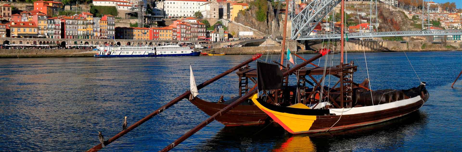 Barcos portugueses en el río Duero