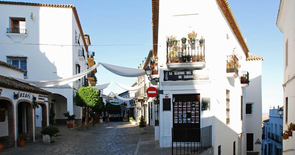 Zahara de la Sierra, otra joya en la ruta de los pueblos blancos de Cádiz