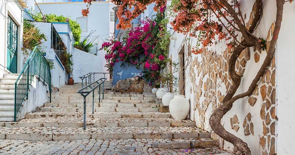 Antigua calle de Estoi, una fregresia del Distrito de Faro