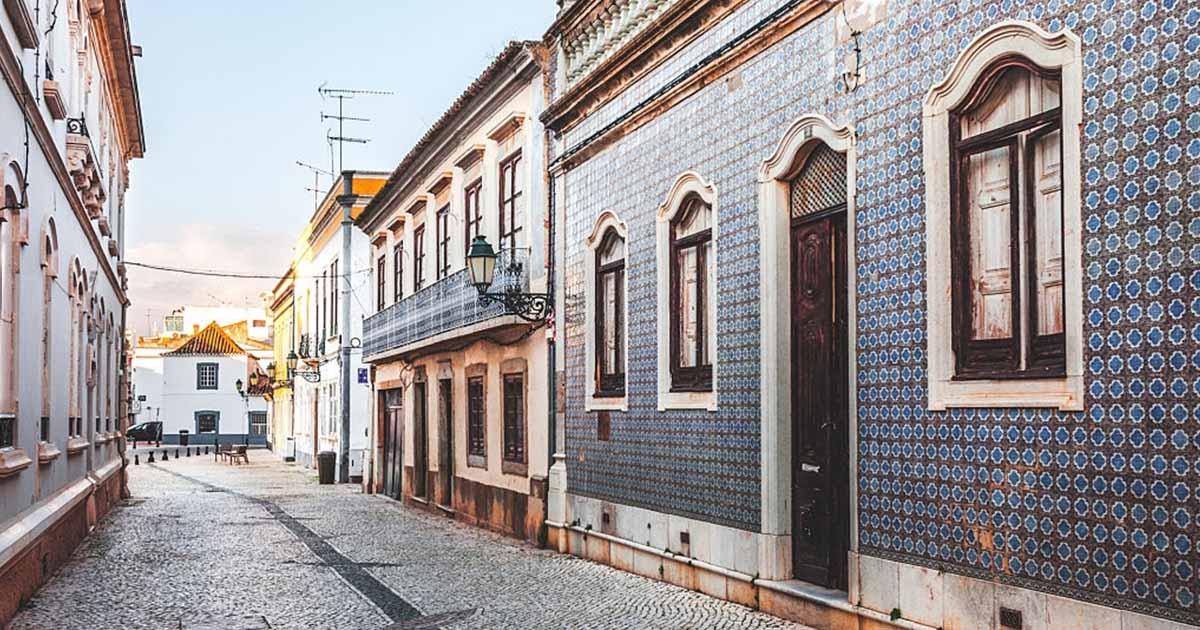 En tu próxima escapada, descubre el centro histórico de Faro