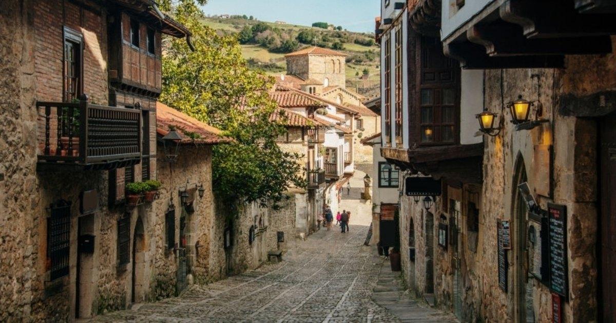 Recorre los pueblos más bonitos de Cantabria con Ocio Hoteles